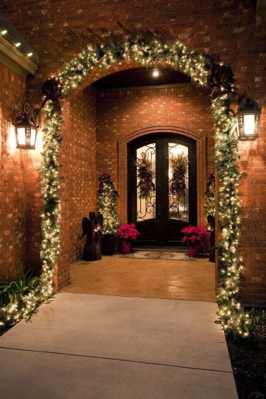 outdoor-Christmas-light-decoration-ideas-19 98+ Magical Christmas Light Decoration Ideas for Your Yard