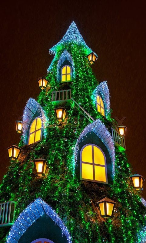 outdoor-Christmas-light-decoration-ideas-2 98+ Magical Christmas Light Decoration Ideas for Your Yard 2018
