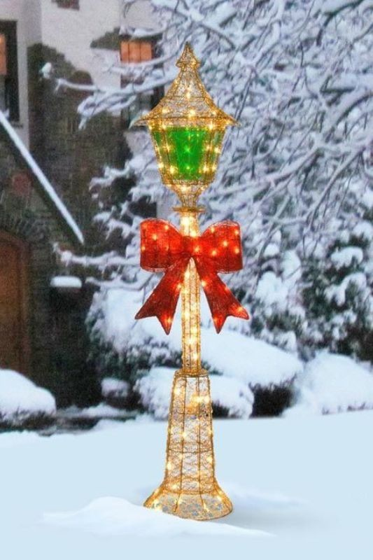 outdoor-Christmas-light-decoration-ideas-21 98+ Magical Christmas Light Decoration Ideas for Your Yard