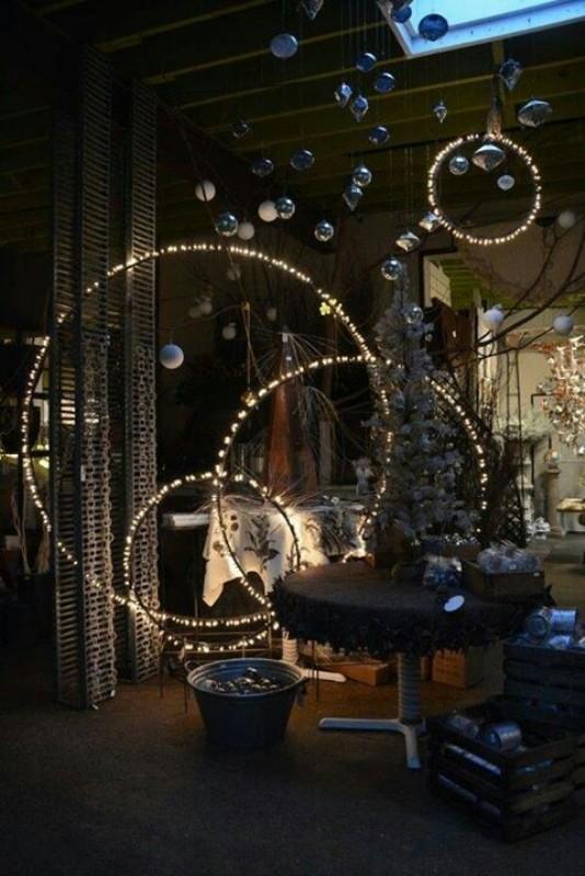 outdoor-Christmas-light-decoration-ideas-25 98+ Magical Christmas Light Decoration Ideas for Your Yard