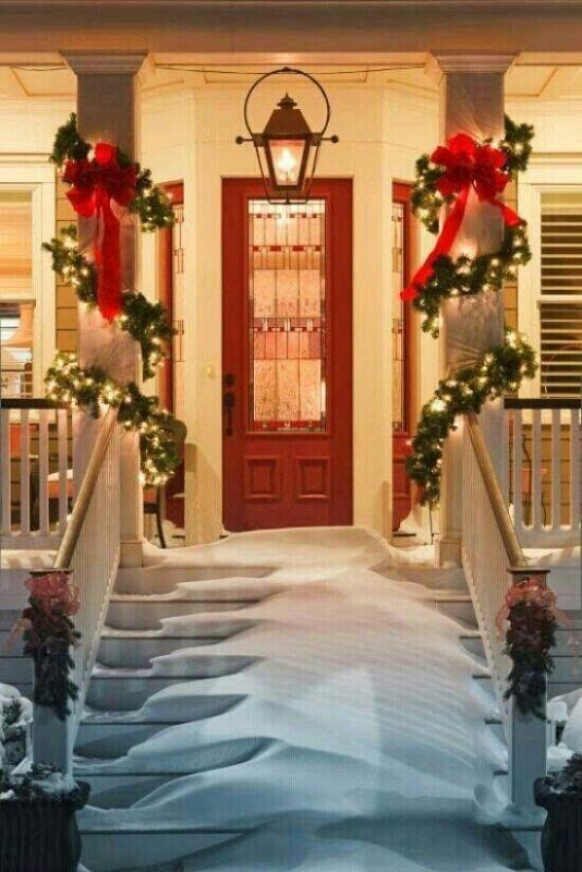 outdoor-Christmas-light-decoration-ideas-27 98+ Magical Christmas Light Decoration Ideas for Your Yard