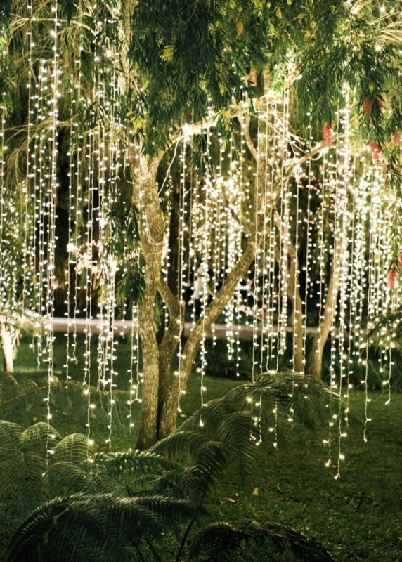 outdoor-Christmas-light-decoration-ideas-35 98+ Magical Christmas Light Decoration Ideas for Your Yard 2018