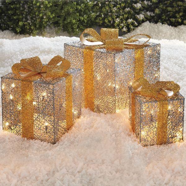 outdoor-Christmas-light-decoration-ideas-38 98+ Magical Christmas Light Decoration Ideas for Your Yard
