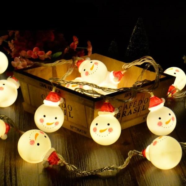 outdoor-Christmas-light-decoration-ideas-40 98+ Magical Christmas Light Decoration Ideas for Your Yard