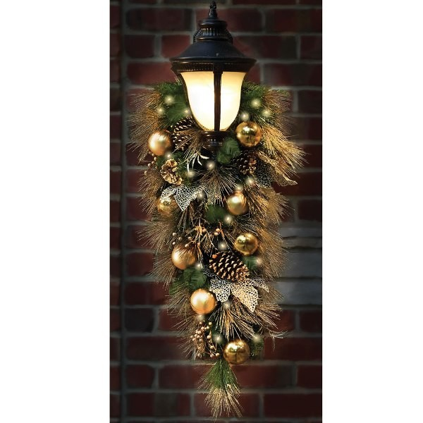 outdoor-Christmas-light-decoration-ideas-44 98+ Magical Christmas Light Decoration Ideas for Your Yard 2018