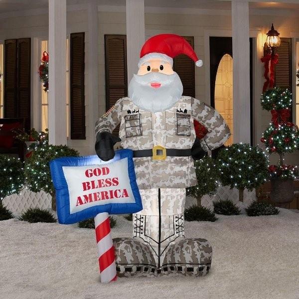 outdoor-Christmas-light-decoration-ideas-45 98+ Magical Christmas Light Decoration Ideas for Your Yard