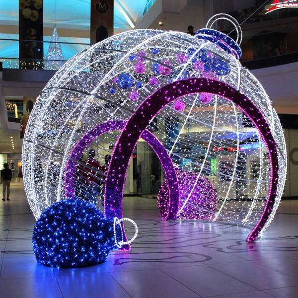 outdoor-Christmas-light-decoration-ideas-55 98+ Magical Christmas Light Decoration Ideas for Your Yard 2018