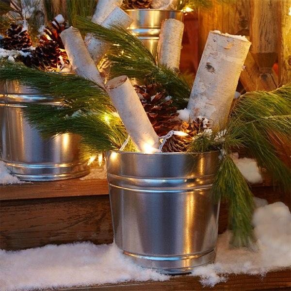 outdoor-Christmas-light-decoration-ideas-60 98+ Magical Christmas Light Decoration Ideas for Your Yard