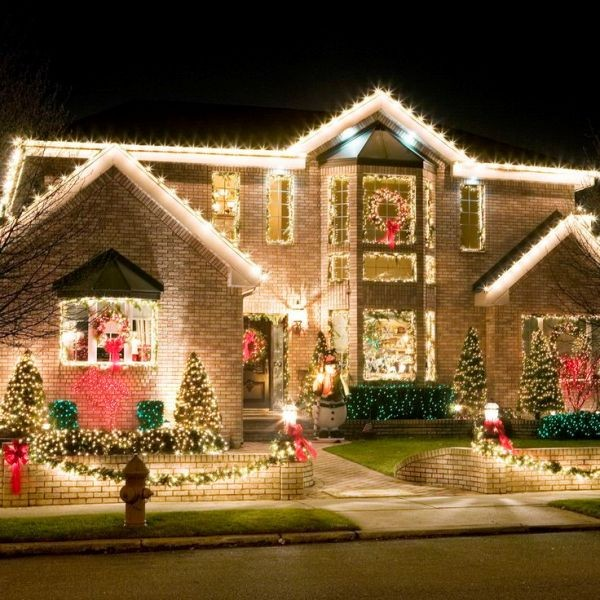 outdoor-Christmas-light-decoration-ideas-65 98+ Magical Christmas Light Decoration Ideas for Your Yard 2018