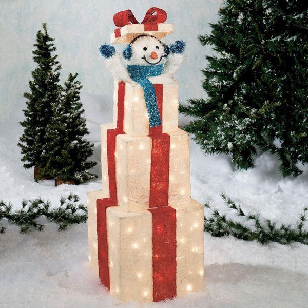 outdoor-Christmas-light-decoration-ideas-66 98+ Magical Christmas Light Decoration Ideas for Your Yard