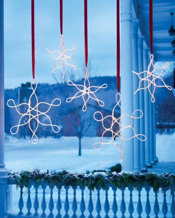 outdoor-Christmas-light-decoration-ideas-80 98+ Magical Christmas Light Decoration Ideas for Your Yard 2018