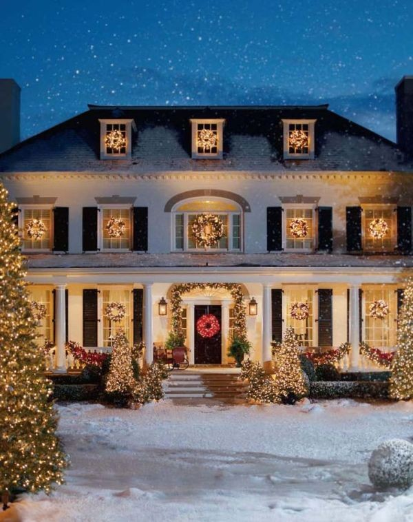 outdoor-Christmas-light-decoration-ideas-85 98+ Magical Christmas Light Decoration Ideas for Your Yard 2018