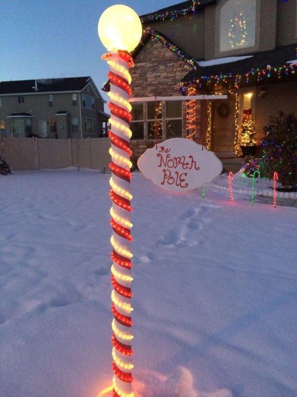 outdoor-Christmas-light-decoration-ideas-91 98+ Magical Christmas Light Decoration Ideas for Your Yard