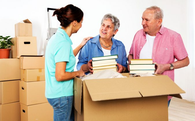 packing-and-moving-service-employee-675x419 How to Find the Best Packers and Movers in Bangalore?