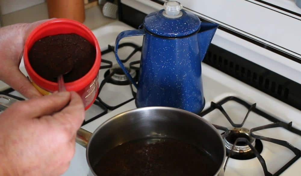saucepan-coffee How to Make Coffee Without a Coffee Pot?