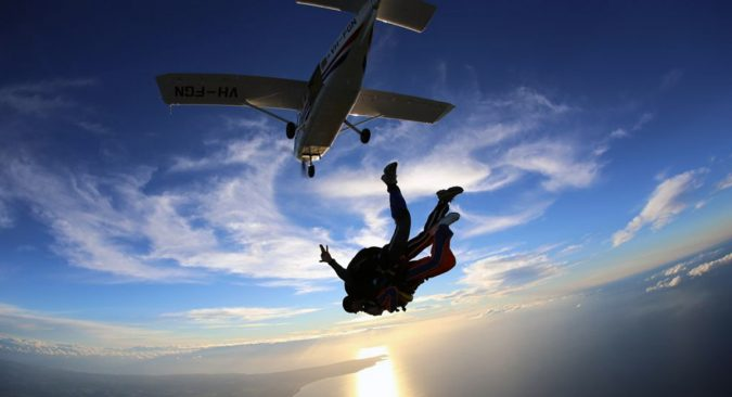 skydiving-675x366 Top 10 Cool & Unusual Things to Do in Los Angeles