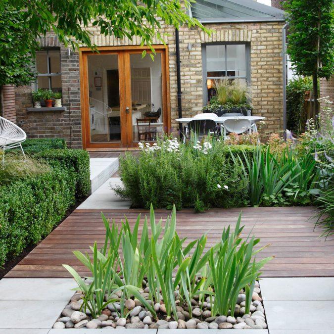small-home-garden-idea-Annaick-Guitteny-675x675 5 Most Inspiring Landscaping Ideas for 2020