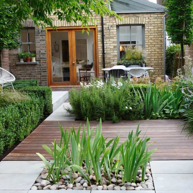 small-home-garden-idea-Annaick-Guitteny-675x675 5 Most Inspiring Landscaping Ideas for 2018