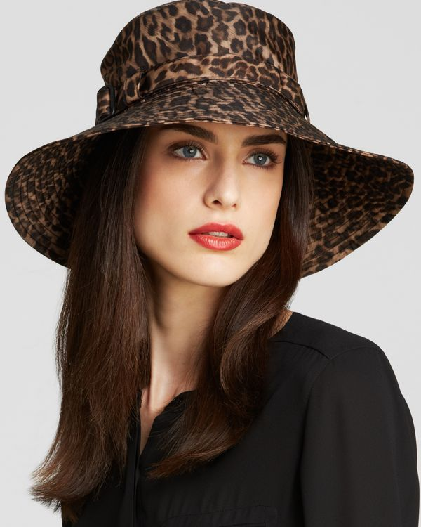 summer-animal-printed-big-hat-for-women 8 Catchy Hat Trends for Men & Women in Summer 2018