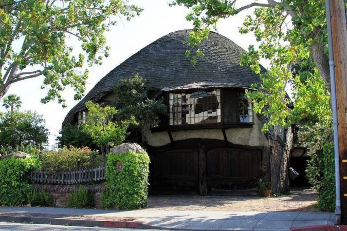the-hobbits-house-culver-city-Los-Angeles-675x450 Top 10 Cool & Unusual Things to Do in Los Angeles