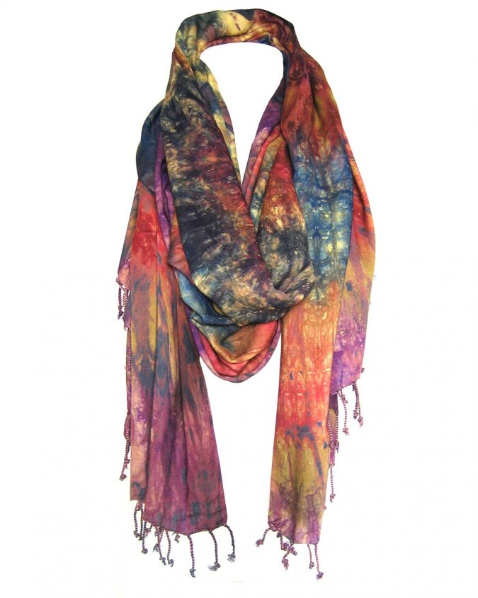 tie-dye-cotton-scarf-675x844 +25 Catchiest Scarf Trends for Women in 2018