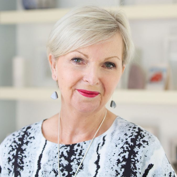 tricia-mature-makeup-675x675 Top 10 Makeup Tricks to Look Younger