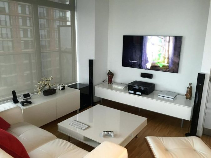 video-game-living-room-675x507 Top 10 Fabulous Christmas Gifts for Teens in 2020