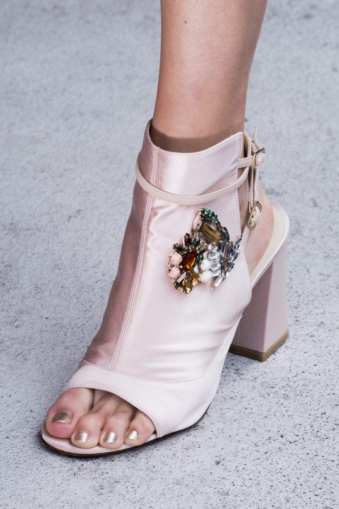 Adeam-women-shoe-2018-675x1014 +8 Catchiest Women's Shoe Trends to Expect in 2020