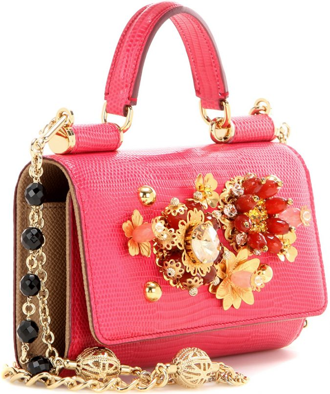 Dolce-And-Gabbana-Sicily-Von-Smartphone-mini-Bag-675x806 20+ Newest Handbag Trends in 2018