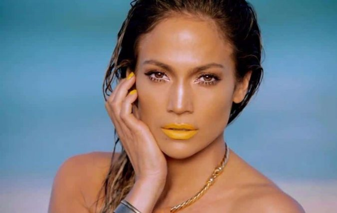 Jennifer-Lopez-yellow-lipstick-2-675x427 Top 10 Inspired Celebrity Makeup Ideas for 2019