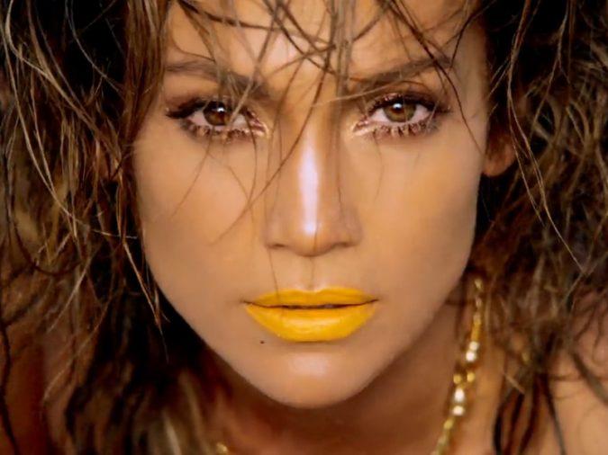 Jennifer-Lopez-yellow-lipstick-675x506 Top 10 Inspired Celebrity Makeup Ideas for 2018