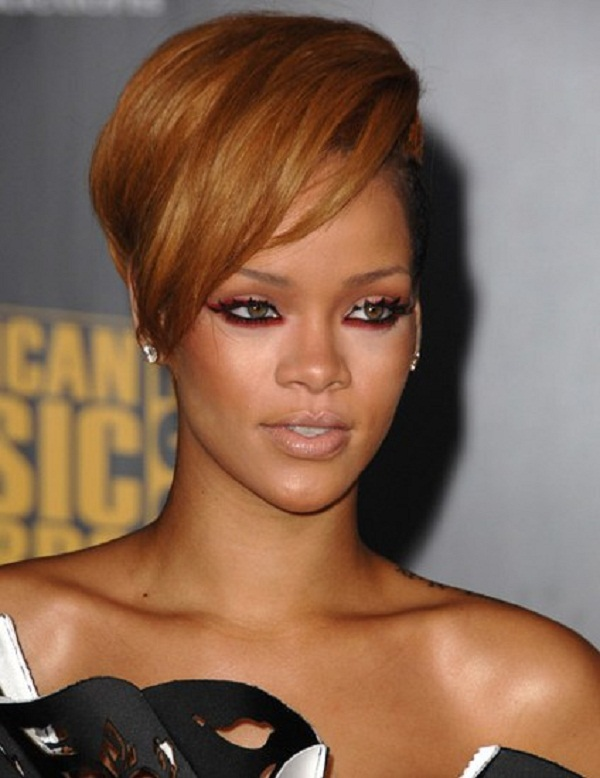 Rihanna-red-cat-eyes-makeup Top 10 Inspired Celebrity Makeup Ideas for 2018