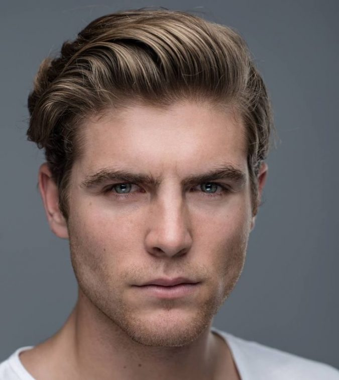 Side-part-hairstyle-men-675x756 Old 1950's Hairstyles for Men That Will Return in 2021