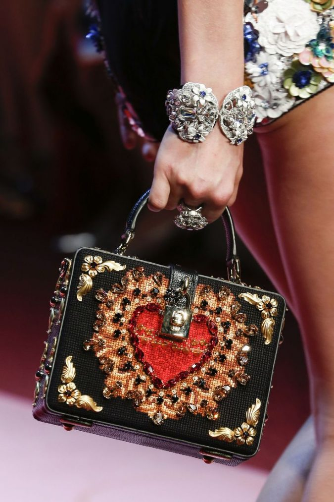 dolce-Gabbana-Lunchbox-Style-bag-675x1013 20+ Newest Handbag Trends in 2018