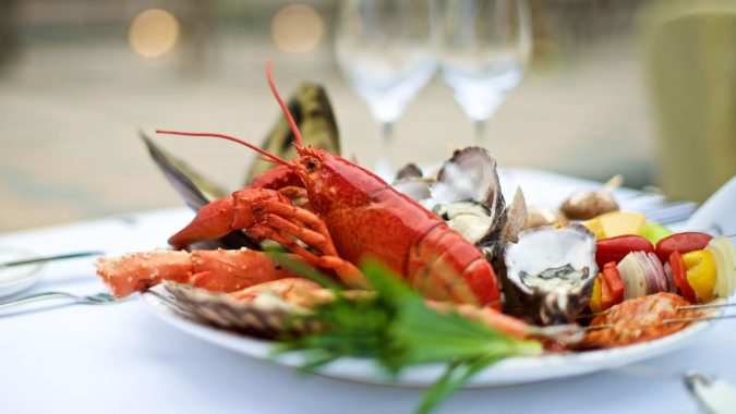 lobster-on-a-plate-675x380 Top 10 Surprising Health Benefits of Lobster