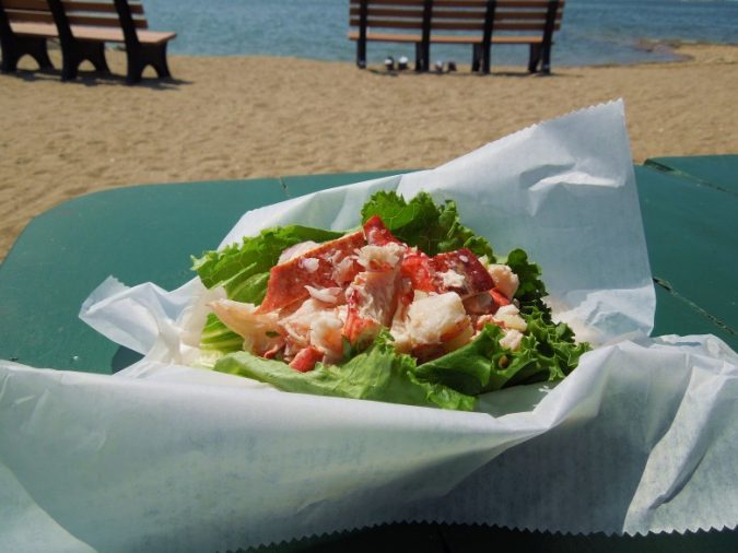 lobster-rolls-675x506 Outdoor Corporate Events and The Importance of Having Canopy Tents