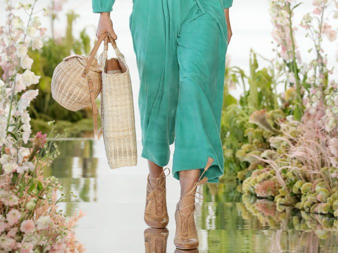 straw-bags-675x506 20+ Newest Women Handbag Trends To Boom in 2020