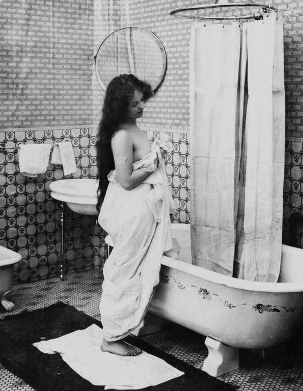 1902-bath-illustration The Truth about Bathing throughout the Years [+500 Years Bathing History]