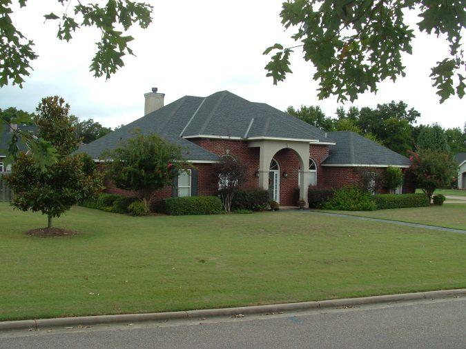 HOUSE-675x506 6 Reasons You Need to Hire a Surveyor