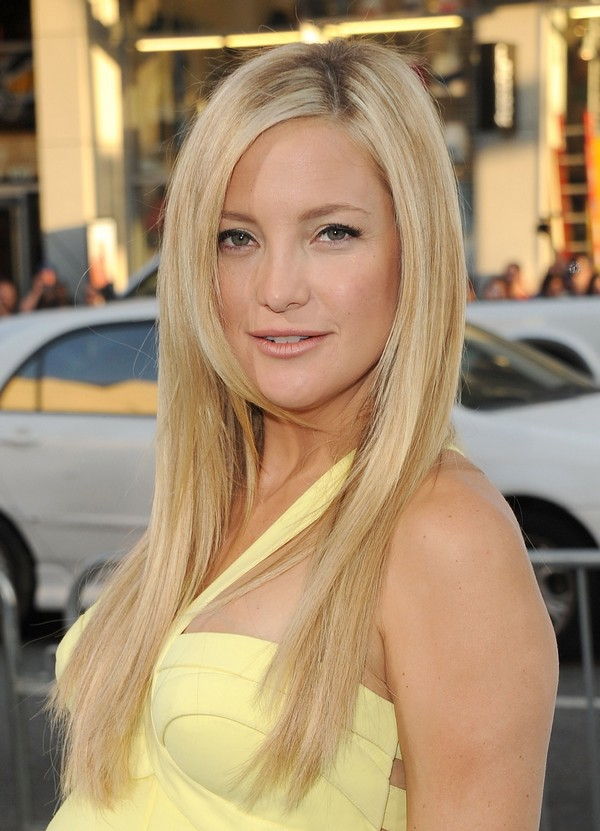 Long-straight-hairstyle-2 Top 10 Professional Hairstyles for Blonde Women in 2020