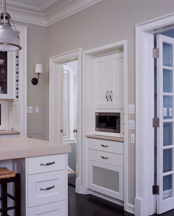 Microwave-on-nook 10 Outdated Kitchen Trends to Avoid in 2020