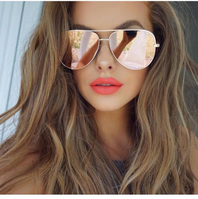 Mirror-Sunglasses-for-women-675x681 12 Outdated Fashion Trends Coming Back in 2020