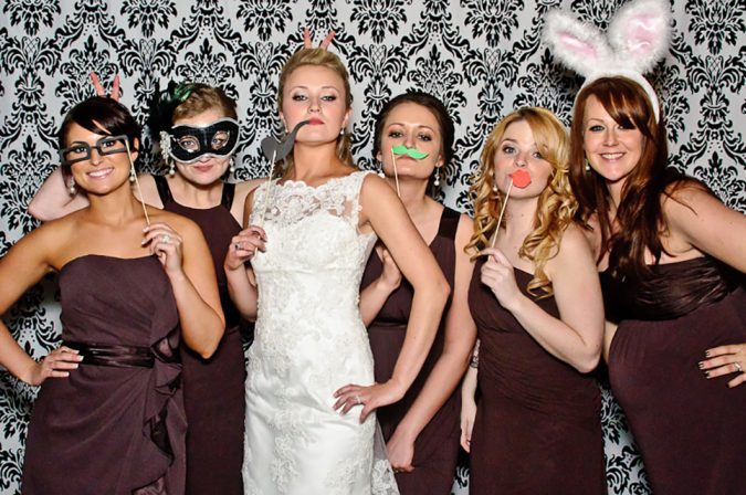 Photo-Booth-675x448 10 Outdated Wedding Trends to Avoid in 2018