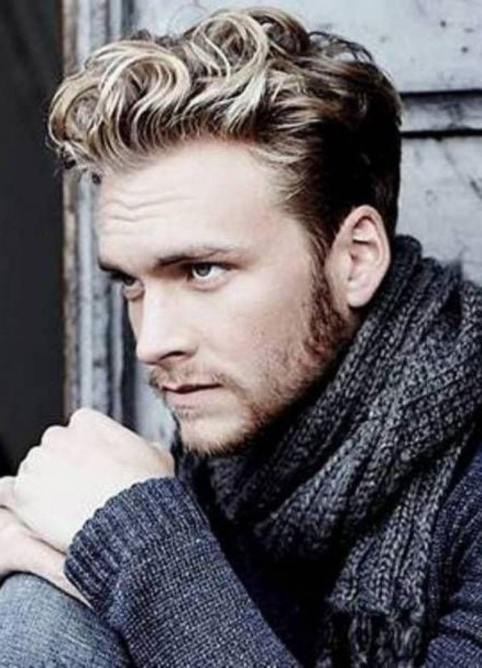 Short-curly-hairstyle-for-blonde-men-675x935 Top 10 Hairstyles for Guys with Blonde Hair [2018 Trends]