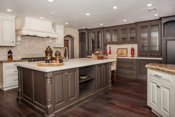 Two-Toned-Kitchen-Cabinets-675x450 11 Tips on Mixing Antique and Modern Décor Styles