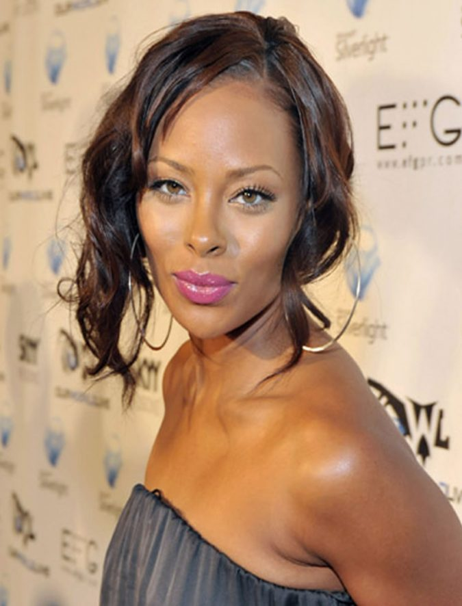 Wavy-Bob-Hairstyle-for-Black-Women-2-675x886 TOP 10 Stylish Bob Hairstyles for Black Women in 2020