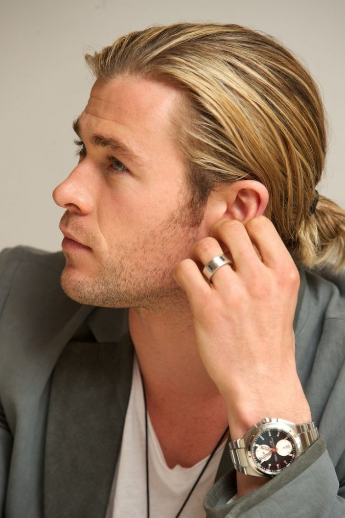 bun-hairstyle-for-blonde-men-2-675x1014 Top 10 Hairstyles for Guys with Blonde Hair [2020 Trends]