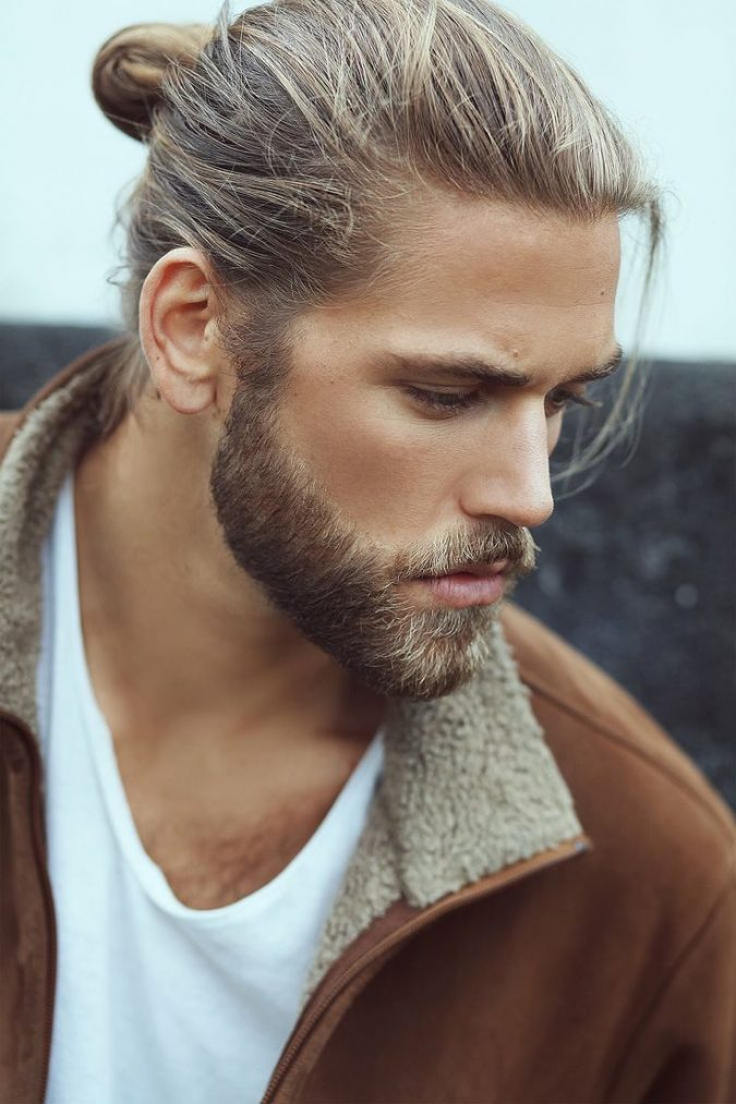 bun-hairstyle-for-blonde-men-675x1013 Top 10 Hairstyles for Guys with Blonde Hair [2020 Trends]