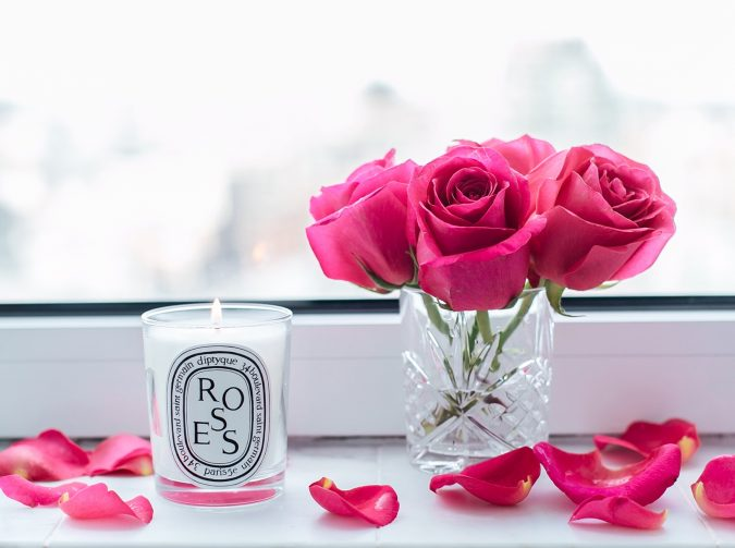 flower-scented-candles-gift-2-1-675x503 Top 10 Best Wedding Anniversary Gift Ideas for 2020 (Updated List)