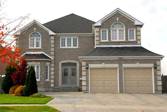 house-surveying-675x452 6 Reasons You Need to Hire a Surveyor